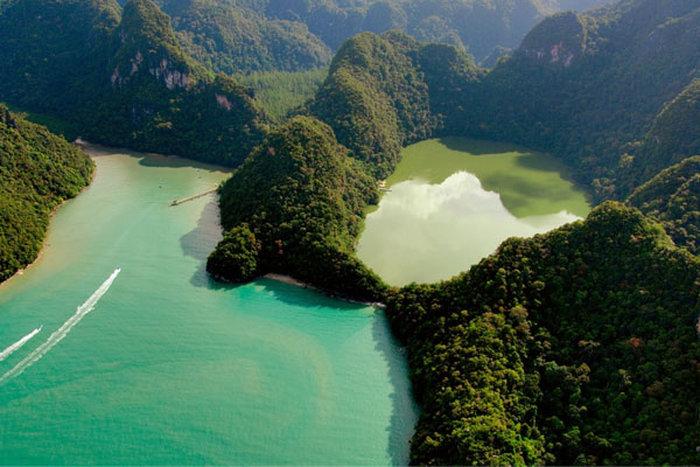 thumb uploads countries Malajziya Priroda langkavi sz92608 sz dayang bunting lake 01